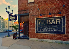 The BAR (Pete Zarria) Tags: missouri bar alcohol wine beer liquor saloon tavern ghost sign neon outdoors