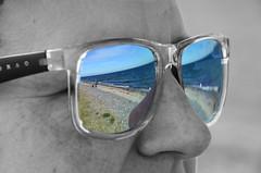 Blick auf Hiddensee (PeterPicture70-200) Tags: rgen ruegen hiddensee frau sonnenbrille spiegelung woman portrait sw sunglasses nahaufnahme bild urlaub strand