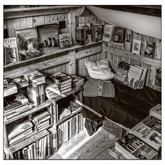 Captain Scott's cabin (A.I.D.A.N.) Tags: captainscott cabin hut books bookshop monochrome blackandwhite blackwhite bed shelves explorers antarctic southpole discoveryexpedition terranovaexpedition capeevans sunlight sunbeam adventure quest exploration