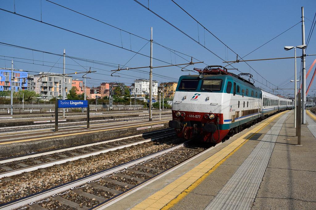 The world 39 s best photos of ferrovie and ic flickr hive mind - Orari treni torino porta nuova genova brignole ...