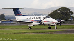 M-WATJ Beechcraft B200GT Super King Air Private Glasgow airport EGPF 20.09-16 (rjonsen) Tags: plane airplane aircraft turboprop propeller taxying beech