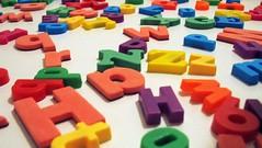 Troubles spcifiques du langage : les identifier (HopToys) Tags: on entend souvent parler de tsl les troubles spcifiques du langage et chez hoptoys voulu en savoir plus sur ces quels sontils quelles sont causes comment identifier ici rponses  questions cest quoi difficults