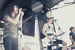 Tay and Jordan | We Are the In Crowd (Madison Bass-Taylor) Tags: warpedtour warped irvine yellowcard vanswarpedtour irvineca 621 june21 callinghome orangecountygreatpark 62112 youmeatsix piercetheveil breathecarolina sleepingwithsirens wearetheincrowd june212012