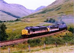37423-37409 at achallander (47604) Tags: scotland freight whl westhighlandline class37 37270 37296 37409 37423 alltypesoftransport achallander