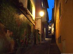 Calle Geigergasse (Ivan Mauricio Agudelo Velasquez) Tags: light calle mural lampara escalas callejon allxpressus