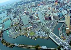 Yokohama roads (Germn Vogel) Tags: road street city japan skyline island highway asia artificial yokohama kanagawa eastasia earthasia