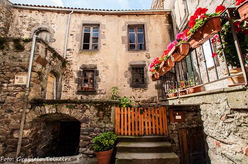 Фотографии Saint-Floret, достопримечательности Saint-Floret