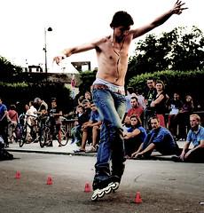 I Wanna Go Wilder ! # 2 (Profond Dément (pas trop là)) Tags: portrait paris public nikon freestyle raw live rollerskates saturation roller 75004 blades homme spectacle d700