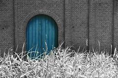 The Blue Door (Kim van Dijk photography) Tags: door blue bw white black color colour castle nikon selective heeswijk d90 nikond90 kimvandijk