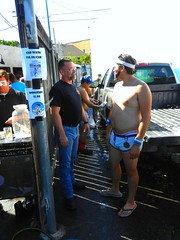 DSCN0191 (CAHairyBear) Tags: shirtless man men uomo mann hombre homme hom lospayasos