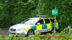 South central ambulance service- volvo V70 rapid response vehicle. (policeambulancefire(2)) Tags: blue lights pier volvo call south central first plate rr ambulance grill led aid yelp boxer vehicle leds service hilo 12 care emergency paramedic rapid peugeot vauxhall octavia response unit 999 sirens wail bullhorn v70 commuity whelen strobes airhorn lightbar responder rrv technican monavo practicioner sckoda