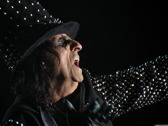 20120808_37 Alice Cooper at Liseberg | Gothenburg, Sweden (ratexla) Tags: show life people musician music man men guy celebrity rock musicians gteborg person concert europe artist tour rockstar sweden earth live famous gothenburg gig performance guys dude entertainment human liseberg artists rockroll horror shock celebrities sverige celebs rocknroll musik dudes scandinavia celeb humans scandinavian konsert 2012 alicecooper goteborg tellus homosapiens organism storascenen photophotospicturepicturesimageimagesfotofotonbildbilder notintheeternityset canonpowershotsx40hs 8aug2012