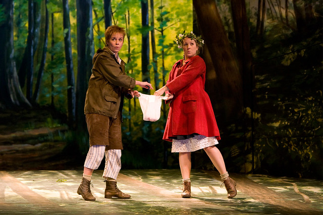 "Diana Damrau as Gretel and Angelika Kirchschlager as Hänsel in Moshe Leiser and Patrice Caurier's production of Hänsel und Gretel. The Royal Opera 2008. <a href=""http://www.roh.org.uk"" rel=""nofollow"">www.roh.org.uk</a>"