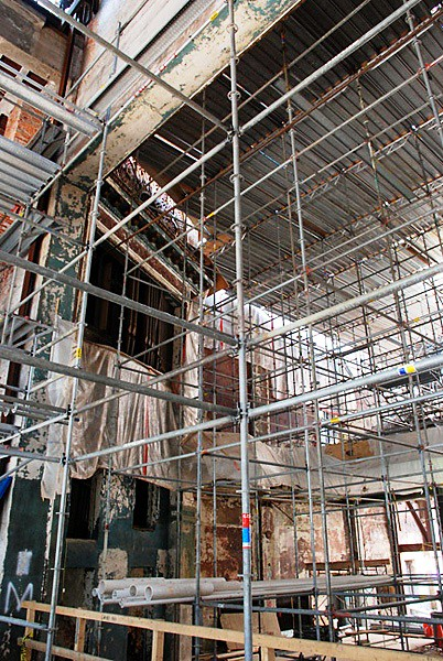 The World's Best Photos of scaffold and temporary - Flickr Hive Mind