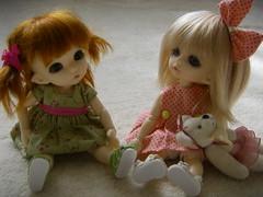 Firm friends already (Thaya) Tags: bear zoe shoes dress teddy wig mohair ante leekewig rubyredgalleria honeythorpe pukifee dollb llkcandy