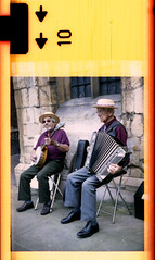 buskers (pho-Tony) Tags: busker buskers busking accordion banjo pentaxauto110 110 lincoln pentax auto pocket instamatic cartridge miniature camera tetenal c41 expired film konica 16mm