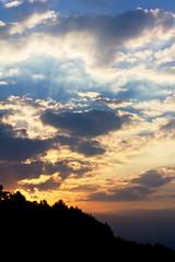 Abendhimmel (Gret B.) Tags: deutschland sonnenuntergang himmel autobahn dmmerung abendhimmel dunkelheit raststtte