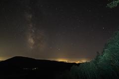 Monte Fogliano (VT) e Via Lattea (Willycaster) Tags: milkyway star skyatnight monticimini lagodivico nightscape monti cimini viterbo notte notturno stelle stellato via lattea panorama natura