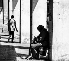 casablanca (vinesp) Tags: bn casablanca street bianco e nero life vagabondando viaggiando povert
