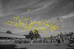 school start (tinfrey) Tags: school start 2016 6d august balloons ef24105mmf4lisusm rubigen sky switzerland yellow selectivecolor