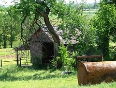 Abandoned (jHc__johart) Tags: farm shed farmbuilding oklahoma tank cylinder rust