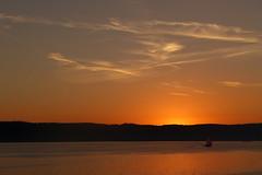 ...Sonnenuntergang ber Bodman, Bodensee (CP Kser) Tags: segelschiff rot sonnenuntergang dawn sun bodman berlingen bodensee