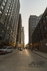Smmer Sunset in the City (Jawor Photography) Tags: jaworphotography chicago city downtown cityscape skyline skyscraper building bildings illinois sunset goldenhour evening cityphotography bigcity street streets citysunset streetlights architecture architectural busy citylife