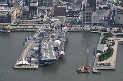 ... USS Intrepid from above ... (wolli s) Tags: flickr nyc us usa intrepid red newyork intrepidsea airspacemuseum ny aircraftcarrier flugzeugtrger museum ship airial