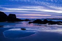 Plage de Goulien (nolyaphotographies) Tags: crozon ile camaret tas de finistere bretagne france nikon bleu longue long exposure ciel coucher soleil falaise mer