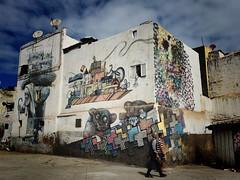 Arte urbano en Casablanca (yanitzatorres) Tags: ciudad urbe hombres gente arquitectura morocco marruecos marroquies graffiti streetart arteurbano casablanca