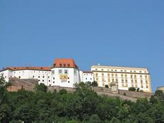 Passau / Hilltop Castle 8353 (Mr.J.Martin) Tags: castle abbey germany bayern bavaria austria inn catholic cathedral worldwarii fortress danube romancatholic danuberiver passau threerivers monestary rivercruise romancatholicchurch oberhaus innriver ilz adolphhitler braoque cityofthreerivers niederhaus salttrade ilzriver oberhausandniederhaus
