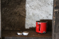 the red mug (jomaot) Tags: travel light shadow red color coffee europe tea warmth safety forgotten mug hermitage dented sanvalentino teacandle emergencyreserve crusry jomaot
