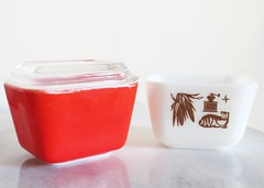 Red and Early American Fridgies (Hourglass Susie) Tags: brown glass colors century milk primary mid pyrex fridgies