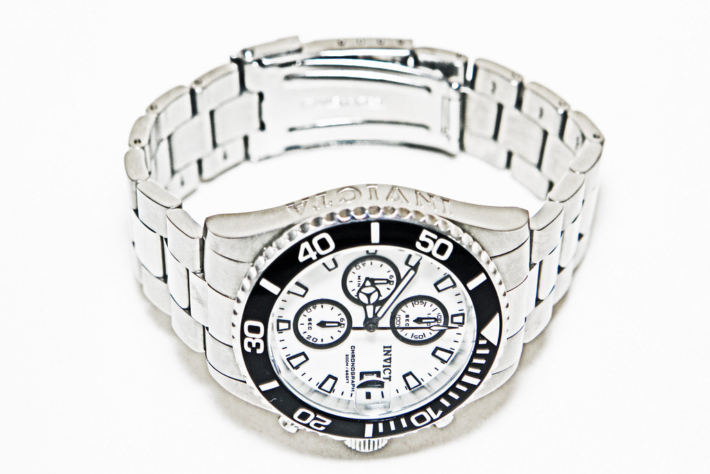 """bf3c7c968 Missing """"A"""" On INVICTA Nameplate On Face of Invicta Men's 1007 Pro  Diver"""