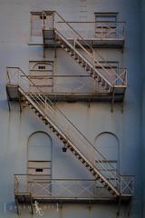 (Gecko Art) Tags: stairs canon dallas rusty fireescape deepellum t2i unionbankersbuilding grandtempleoftheblackknightsofpythias