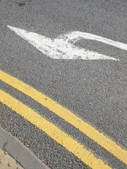 Road markings (slipsimages) Tags: road white tarmac yellow