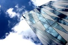 Schnittchenparty II (Mastahkid) Tags: sky house reflection building glass clouds copenhagen denmark himmel wolken haus dnemark danmark kopenhagen gebude glas reflektion saxobank mastahkid ontourwithmyego