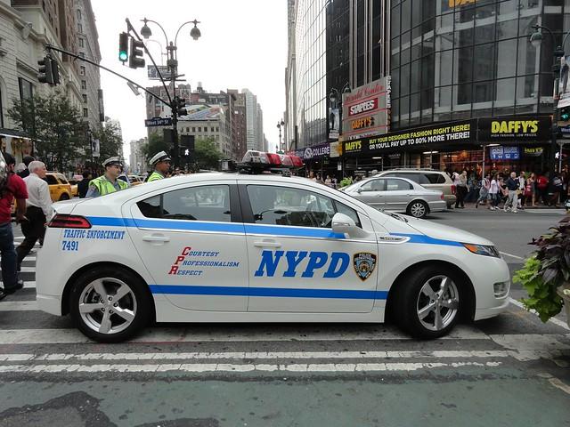 ny police nypd pd chevy volt 2012