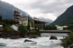 Den gamle fabrikken (screenpunk) Tags: old bridge water norway rock river norge stream factory oude fabriek noorwegen rots rivier odda bruis