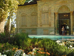 Tehran Green palace (Germn Vogel) Tags: door museum facade gate asia iran middleeast royal palace tehran dictator monarchy saadabad pahlavi islamicrepublic westasia gettyimagesmiddleeast