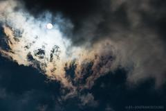 Iridescent Cloud [7192] (josefrancisco.salgado) Tags: usa cloud sun sol clouds us nikon michigan unitedstatesofamerica nubes iridescent nikkor iridescence nube bentonharbor d4 jeanklockpark 70200mmf28gvrii