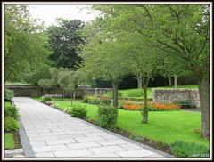 Aberfan (Ian Peacock - Taking time out) Tags: memorialgarden aberfan
