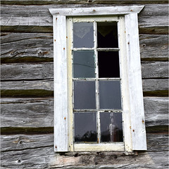 Secrets (YIP2) Tags: minimal minimalism simple less window line abstract linea detail bottle