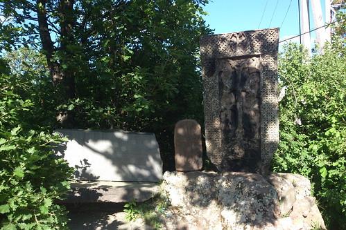 Tsaghkadzor, Cross-stones