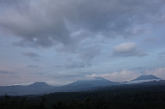 Ijen (wuzanru) Tags: ijen kawahijen volcano eastjava indonesia bluesulfurflames bluefire caldera craterlake acidlake sulfuricacid sulfurmining miner gunungmerapi