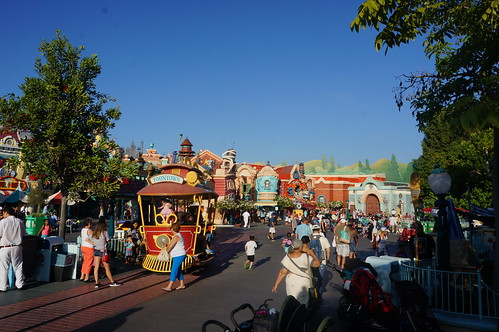 """Downtown Toontown • <a style=""""font-size:0.8em;"""" href=""""http://www.flickr.com/photos/28558260@N04/29191310556/"""" target=""""_blank"""">View on Flickr</a>"""