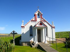 The Italian Chapel Orkney - Created by Italian Prisoners in 2 Nissen Huts (Bootnecks) Tags: theitalianchapelorkney domenicochiocchetti gioachinogiacobazzi camp60 6thantiaircraftregimentmantovadivision italiantankcorps 5thitalianlabourdivision majorgfornasieritaliantankcorps padregioachinogiacobazzi orderoflittlebrothers lambholm madonnaoftheolives gothicpinnacles christcrownofthorns pennisi bruttapasta
