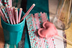 Colors and straws (vecarabelo) Tags: canudos coresesabores romantic romantica sweetcoloros tonspastis