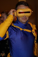 Dragoncon 2016 Cosplay (V Threepio) Tags: dragoncon2016 costume cosplay outfit atlanta photography photoshoot modeling posing sonya6000 unedited unretouched straightfromcamera fantasy scifi comics cosplayer comiccon convention xmen cyclops