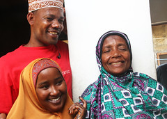 Tanzanian refugees return to Zanzibar (UNHCR) Tags: africa family man home island women refugees mother hijab son zanzibar unhcr somalia hornofafrica returnees pembaisland unrefugeeagency voluntaryrepatriation unitednationshighcommissionerforrefugees